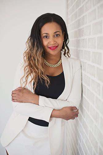 Vanessa - Photo Portrait d'affaire femme à Montréal – Isa Photographie